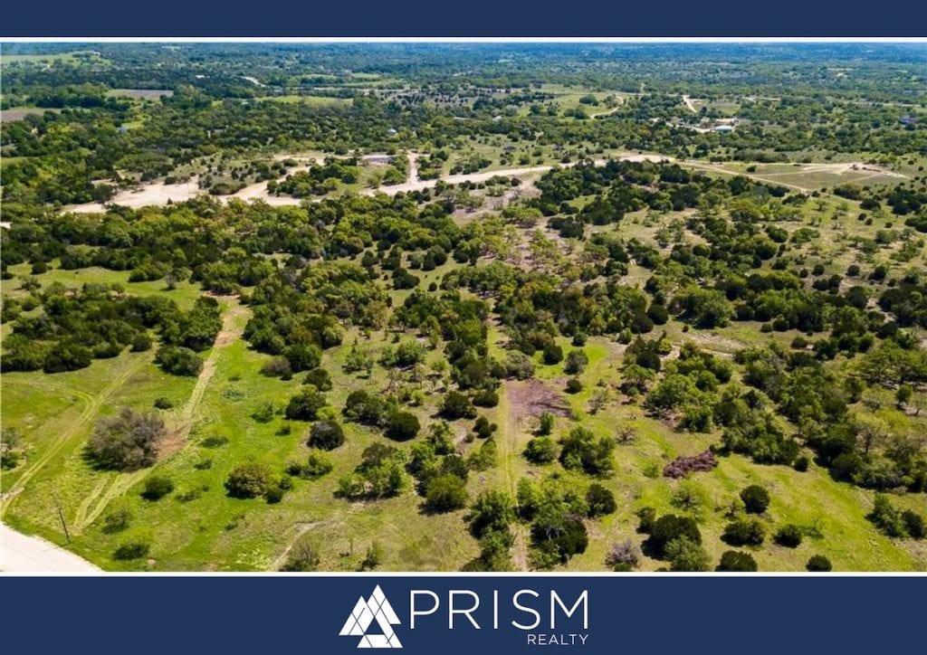 Prism Realty - Benefits of Living Outside the City - Best Austin Real Estate Broker - Best Austin Realtors - Best Austin Association Manager - Austin Homes - Austin Real Estate